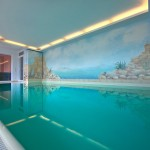 "Private Schwimmhalle, Foto: <a href=""http://www.poolwellness.de"" target=""_blank"">poolwellness.de</a>"